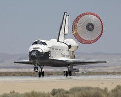 #TBT: STS-117 Lands – June 22, 2007 (NASA's Marshall Space Flight Center) Tags: nasa marshall space flight center msfc edwards air force base payload operations integration shuttle atlantis sts117