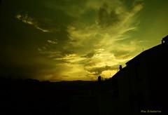 Atardecer de un día especial (kirru11) Tags: atardecer 11dejulio cumpleaños cielo siluetas quel larioja kirru11 anaechebarria canonpowershot