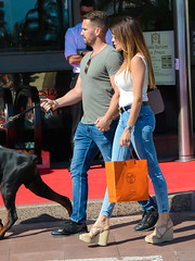 20180511-163858 (ze06) Tags: candid street cannes croisette festival festivaldecannes sexy girl gorgeous glamour woman couple cute curvy brunette sunglasses neckline busty tight jeans sandals wedgesandals hermes