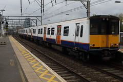 315805 (Rob390029) Tags: 315805 london overground class 315 bethnal green emu electric multiple unit train track tracks rail rails travel travelling transport transportation transit public railway station bet geml great eastern mainline