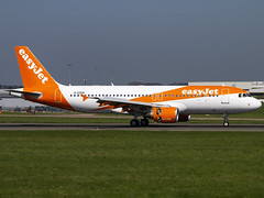 EasyJet | Airbus A320-214 | G-EZUN (Bradley's Aviation Photography) Tags: eggw ltn luton londonlutonairport londonluton london bedford easyjet easy orange a320 airbus airbusa320 airbusa320214 gezun canon70d aircraft air aviation airplane airport aeroplane airlines aerospace airways airliner avgeek plane photgraphy planespotting flying flight jet
