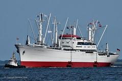 Cap San Diego (Bernhard Fuchs) Tags: boat bulk bulker cargoships cargo cuxhaven elbe frachtschiff frachtschiffe nikon schiffe ships ship stückgut stückgutfrachter vessel water boot schiff wasser