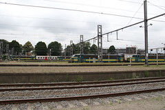 Schaerbeek, Brussels, Belgium (Paul Emma) Tags: europe belgium brussels schaerbeek electrictrain train railway railroad 2108 2746 2722