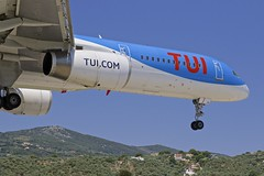JSI/LGSK: TUI (ThomsonAirways) B757-200 G-OOBA (Roland C.) Tags: jsi lgsk tui thomson thomsonairways skiathos airport greece boeing b757 b752 b757200 gooba airliner aircraft airplane aviation flickrtravelaward