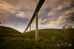 Millau Aveyron, Occitanie ( photopade (Nikonist)) Tags: millau viaduc pont pontahaubans pontroutier aveyron occitanie paysage couleurs nikond300 nikon architecture apple affinityphoto afsdxvrzoomnikkor1685mmf3556ged imac tarn dxoviewpoint3