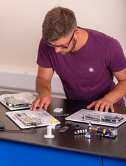 _RMN2859.jpg (www.dataharvest.co.uk/) Tags: sciencestem flowgo smart datalogging bench classroom electronics cnc maths international primary science matrix vlog allcode university dataharvest schools technology edutec scratch software locktronix engineering experiments secondary