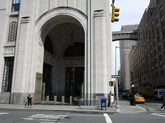 IMG_5373 (Brechtbug) Tags: afternoon archway with gates met life buildings next madison square park arch architecture avenue 23rd street nyc photographed 2018 new york city clock tower downtown manhattan flatiron district east side pedestrian walkway july 07152018 gate art deco style