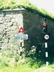 Quaint old sign and light, Carisbrook castle (dark_dave25) Tags: isle wight camping holiday summer hot scorching 2018 june