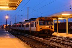 CP 592.2 (Nelso M. Silva) Tags: cp 5922 592 automotora diesel utd estação pampilhosa camello