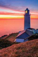 Trevose Head Lighthouse (Rich Walker75) Tags: lighthouse cornwall sunset coast coastline coastal uk england trevosehead nationaltrust canon efs1585mmisusm eos eos80d evening