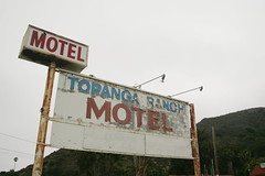 (contaxcontax) Tags: motel sign vintage rusty topanga ca california pacific coast highway pch malibu