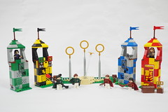 LEGO Wizarding World of Harry Potter Quidditch Match (75956)