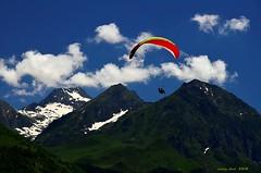 Parapente (Enllasez - Enric LLaó) Tags: nwn pirineus pirineos pirineo pirineu 2018 paisaje paissatge parapente