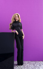A-Z_Challenge_2:0_M_Minimalism (doll_enthusiast) Tags: integrity toys it fashion royalty fr2 vanessa perrin refinement doll collecting dolls photography