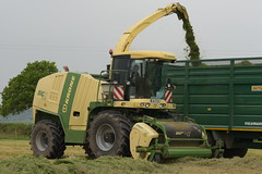 Krone Big X 600 Self Propelled Forage Harvester (Shane Casey CK25) Tags: krone big x 600 self propelled forage harvester traktor traktori trekker tracteur trator ciągnik silage silage18 silage2018 grass grass18 grass2018 winter feed fodder county ireland irish farm farmer farming agri agriculture contractor field ground soil earth cows cattle work working horse power horsepower hp pull pulling cut cutting crop lifting machine machinery nikon d7200 waterford