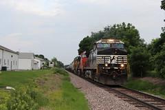 NS 9949 (CC 8039) Tags: ns cn gecx up trains ac44cw c449w c408w lena illinois