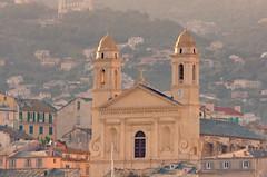 512 - Bastia à travers le Vieux Port, église Saint-Jean Baptiste (paspog) Tags: bastia corse corsica france port haven hafen vieuxport may mai 2018 églisesaintjeanbaptiste église kirche church