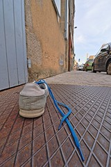 Blue suede shoe ! (Tonton Gilles) Tags: alençon normandie hdr bleu lacets chaussure proxiphotographie photo rapprochée