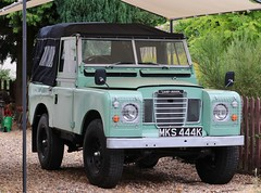 MKS 444K (Nivek.Old.Gold) Tags: 1971 land rover 88 series 3 softtop 2495cc diesel