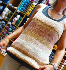 Freddo cappuccino  ! (sifis) Tags: knitting knit cotton handmade top tee vest athens greece sakalak shop store yarn coffee style πλέκω πλεκτό μαλλιά σακαλάκ