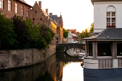 Morning in Bruges (romanboed) Tags: leica m 240 summilux 50 europe belgium bruges canal morning light travel architecture cityscape