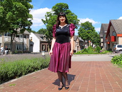 Classy dress (Paula Satijn) Tags: dress skirt girl lady elegant classy sun sunshine outside gown smile happy joy sweet red burgundy metallic shiny satin silky