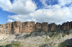 dolomiten (joachim.d.) Tags: dolomiten felsen felsgestein südtirol wandern klettern panorama alpen