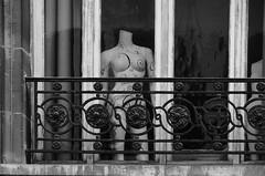 De par ma chandelle verte...! (Jean-Luc Léopoldi) Tags: bw noiretblanc mannequin balcon ville arras fenêtre window