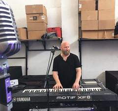 FB_IMG_1529417354118 (inanç Eyüboğlu) Tags: müzik inanç eyüboğlu onair records music stage sahne canlı performans video klip stüdyo kayıt recording studio kktc cyprus müzisyen musician musicproducer yapımcı aranjör musicianlife