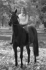 Bella (serkoh) Tags: girl portrait people fashion horse bw blackandwhite canoneos550d canonef85mmf18usm