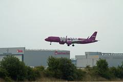 Berlin SXF Landung WOW A-321 Airbus 28.6.2018 (rieblinga) Tags: berlin sxf landung airbus a321 wow 2862018 schönefeld