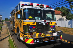 Atlantic Highlands Fire Department Engine 85-75 (Triborough) Tags: nj newjersey monmouthcounty middletowntownship portmonmouth ahfd atlantichighlandsfiredepartment firetruck fireengine engine engine8575 spartan sands ss