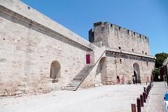 France, à Aigues Mortes, Porte de la Gardette et remparts (Roger-11-Narbonne) Tags: aiguesmortes ville médièvale tour remparts rue porte