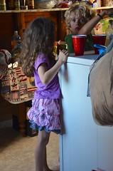 Pouring Lemonade (Joe Shlabotnik) Tags: everett 2018 july2018 higginsbeach maine gabriella afsdxvrzoomnikkor18105mmf3556ged