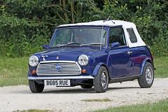 Mini (Roger Wasley) Tags: mini classic car toddington gloucestershire