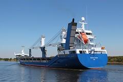 Pacific Dawn (das boot 160) Tags: pacificdawn ships sea ship river rivermersey port docks docking dock boats boat mersey merseyshipping maritime manchestershipcanal