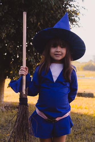 cosplay-girls-kiki-akko-little-witch-academia-6.jpg