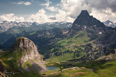 Midi D'Ossau y lagos (Alberto Lacasa) Tags: picoftheday france landscape pirineos pyrenees pic mountains sky astún picodelosmonjes piclesmoines mididossau clouds