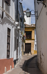Cordoba - in the old town (2) (Teelicht) Tags: altstadt andalucia andalusia andalusien architektur cordoba spain spanien architecture historicdistrict oldcity