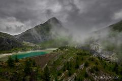 Margaritzenstausee bei Schlechtwetter (Oliver Hallwirth | raumpixel) Tags: alpenüberquerung2018 alpen alps asi austria österreich nikon d850 afs2018 grosglockner stauseemargaritze nebel regen rain fog