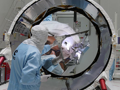 Aeolus shiny telescope (europeanspaceagency) Tags: esa europeanspaceagency space universe cosmos spacescience science spacetechnology tech technology guyane kourou aeolus telescope inthecleanroom engineering engineer