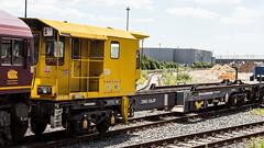YEA 979509 (JOHN BRACE) Tags: yea porpoise bogie continuously welded rail chute wagon 979509 seen eastleigh