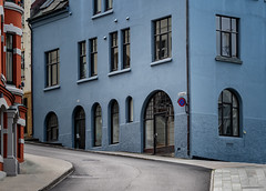 A corner in Alesund (RWYoung Images) Tags: rwyoung olympus em1mk11 alesund norway corner building window door urban