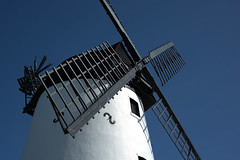 Lytham Windmill (Tony Worrall) Tags: lancs lancashire city welovethenorth nw northwest update place location uk england north visit area attraction open stream tour country item greatbritain britain english british gb capture buy stock sell sale outside outdoors caught photo shoot shot picture captured fylde fyldecoast lytham lythamstannes windmill mill blue white sails relic icon past olden windy