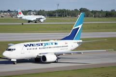WJA B736 + ACA A319 (djrxxs) Tags: cyycyyccalgary westjetairlines boeingb737600 aircanada airbusa319