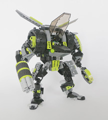 Tykao's Mech (Ron Folkers) Tags: bionicle lego technic system black green mech moc weapon claw
