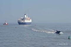 Marco Polo (Tas1927) Tags: cardiff cardiffbay wales boat marcopolo cruiseship