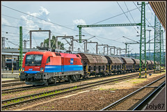 1116-048-0 (Zoly060-DA) Tags: hungary kelenfold bo taurus 6400 kw electric locomotive freight train station rail cargo operator lines rails red blue sky platform brown siemens