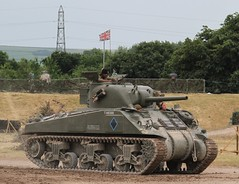M4A4 Sherman (delta23lfb) Tags: tankfest bovington t146309 tank sherman m4a4 5271 unionjack unionflag ww2