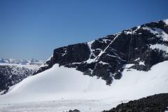Spot the climbers on Kebnekaise (Filip Sandlöv) Tags: stf björlingsglaciär östraleden stfkebnekaise kallaktjåkka kebnekaise giebmegáisi